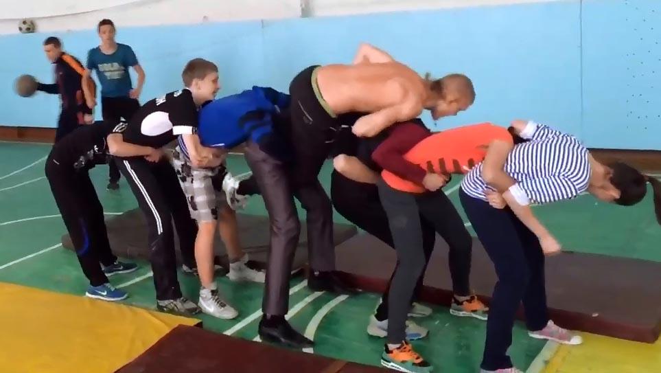 физкультурные игры в 9 классе