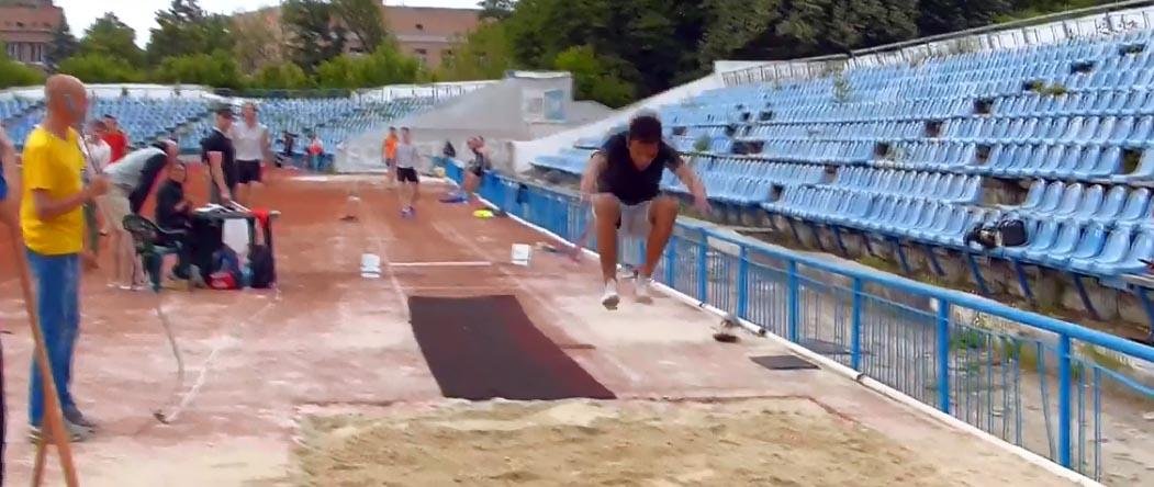 тройной прыжок на соревнованиях