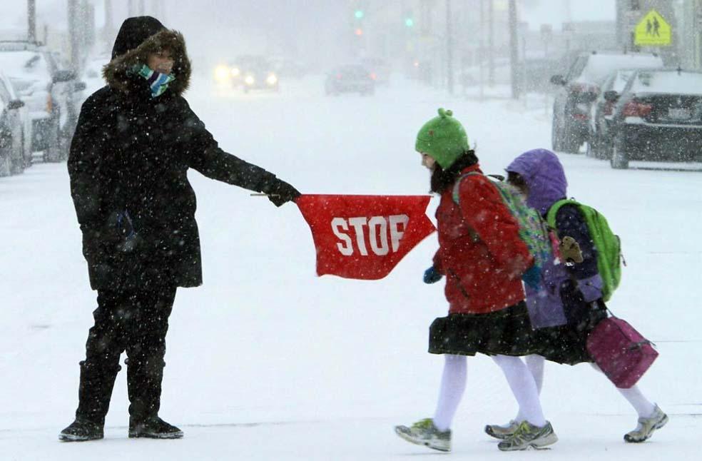дети не ходят в школу при низкой температуре и сильном ветре